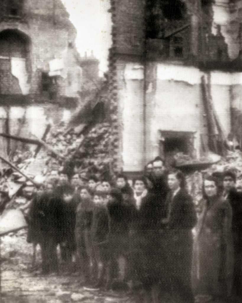 Nazis-Bomb-London001-Edit-Edit-Edit.jpg